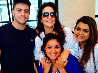 Preta Gil ao lado de Ivete, do namorado e uma amiga - Foto: Reprodução   Instagram