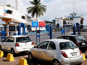 A Internacional Marítima informa que a fila não ultrapassa a entrada do Terminal de São Joaquim - Foto: Carlos Casaes Ag. A TARDE