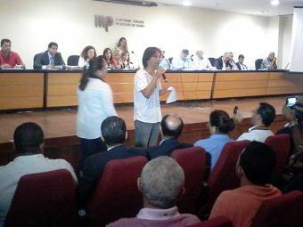 Sessenta pessoas se inscreveram para falar, mas apenas três se pronunciaram até as 11h30 - Foto: Edilson Lima | Ag. A TARDE