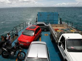 Movimento de saída pelo ferry é intenso nesta sexta - Foto: Lunaé Parracho | Arquivo | Ag. A TARDE