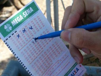 317 pessoas acertaram a Quina e levaram R$ 11.729,76 - Foto: Reprodução