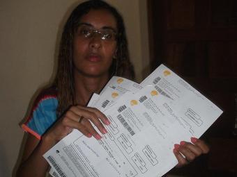 Juliana Santos Silva diz que pagou serviço que não usou - Foto: Ag. A TARDE