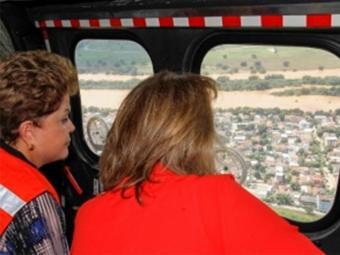 Presidente visita áreas afetadas pelas chuvas em Governador Valadares, Minas Gerais - Foto: Agência Brasil
