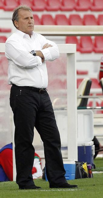 Zico diz que falta profissionalismo na equipe do Catar - Foto: Agência Reuters