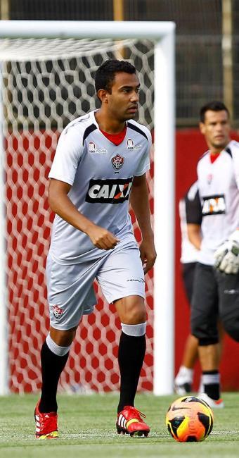 Sem Victor Ramos, Renato Santos deve formar dupla de zaga com Kadu na última partida da temporada - Foto: Eduardo Martins   Ag. A TARDE