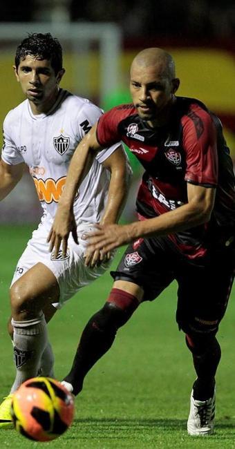Kadu foi o único atleta do Vitória expulso no Campeonato Brasileiro - Foto: Eduardo Martins | Ag. A TARDE