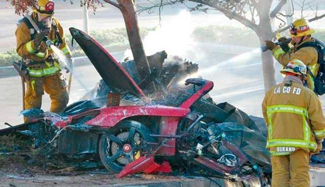 O motorista do veículo foi identificado pelo Los Angeles Times como Roger Rodas - Foto: Agência Reuters