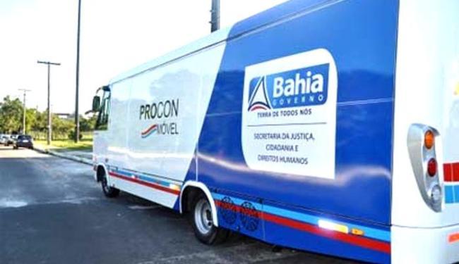 Três micro-ônibus adaptados serão utilizados para a prestação dos serviços - Foto: Divulgação