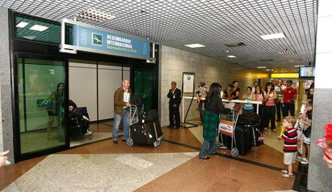 Seis milhões de estrangeiros passaram pelos aeroportos brasileiros - Foto: Luciano da Matta | Ag. A TARDE