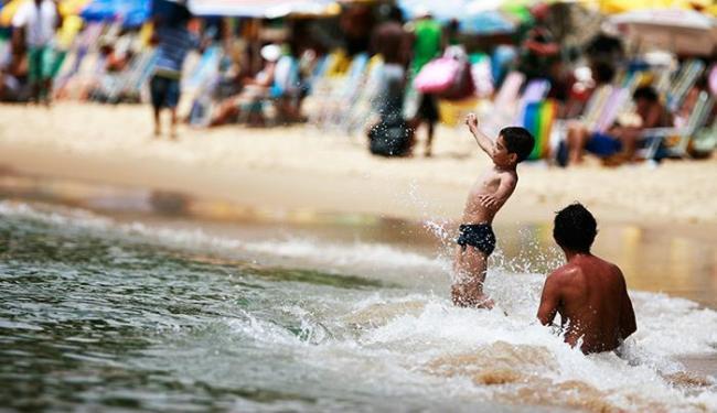 Trinta e quatro praias foram avaliadas pelo Inema - Foto: Raul Spinassé / Ag. A TARDE