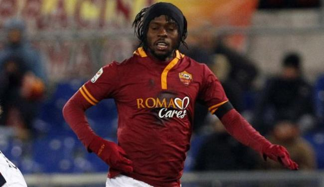 Colunista destaca boa fase do atacante marfinense Gervinho, jogador da Roma (ITA) - Foto: Giampiero Sposito | Agência Reuters