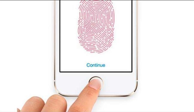 Por enquanto, apenas o iPhone 5S possui a tecnologia de leitor biométrico - Foto: Divulgação