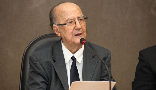 Ex-deputado em depoimento à Comissão Especial da Verdade da Assembleia Legislativa da Bahia - Foto: Edilson Lima | Ag. A TARDE