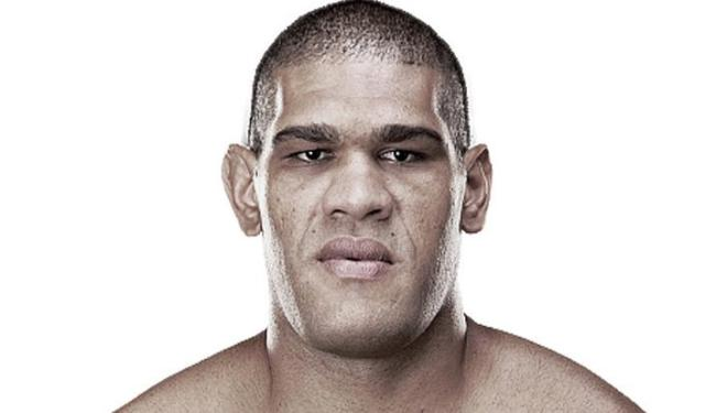 Brasileiro foi punido por nove meses por estar com nível de testosterona acima do permitido - Foto: UFC | Divulgação|