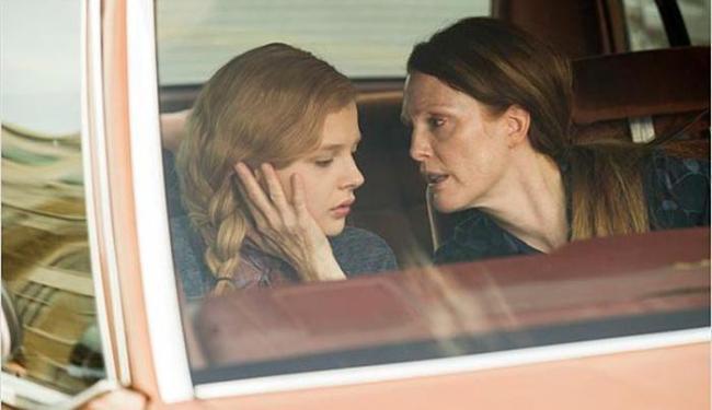 Chloë Grace Moretz e Julianne Moore em cena do filme - Foto: Divulgação