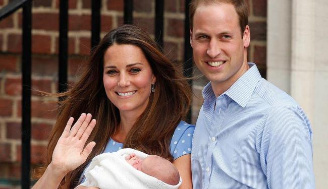 O príncipe George, primeiro filho de William e Kate, nasceu em 22 de julho - Foto: Jonathan Brady   AP