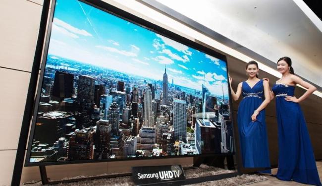 Televisor tem 2,6 metros de largura e 1,8 de altura - Foto: Divulgação   Samsung