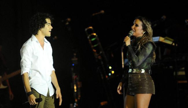 Sam Alves fez dueto com Claudia Leitte na segunda noite do Réveillon Salvador 2014 - Foto: Agecom   Divulgação