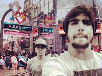 Caio fez uma pequena volta ao mundo em 2012 - Foto: Reprodução | Instagram