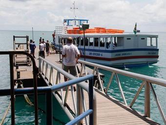 Embarcações deixam o Terminal Náutico da Bahia, no Comércio, a cada 15 minutos - Foto: Joá Souza | Ag. A TARDE