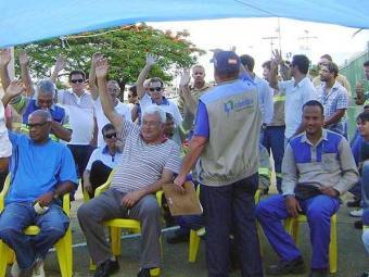 Durante assembleias, categoria votou pela manutenção da greve - Foto: Divulgação | Sinergia