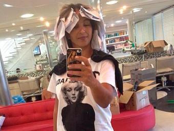 A funkeira foi ao salão passar um processo de descoloração nos cabelos - Foto: Instagram | Reprodução