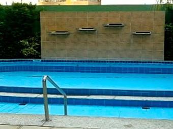Piscinas do condomínio onde ocorreram os acidentes - Foto: Reprodução | TV Anhanguera