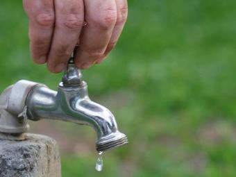 Fornecimento de água será interrompido durante seis horas - Foto: Joá Souza/AG. A TARDE