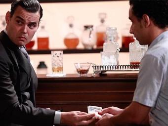 Manfred dá dinheiro para Kleber sumir do mapa - Foto: TV Globo | Divulgação