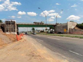 No Anel de Contorno, serão implantadas vigas para a construção de passarelas - Foto: Divulgação | Viabahia