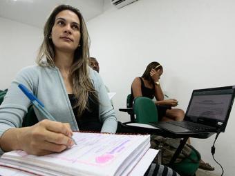 Os cargos tem salário de até R$ 8 mil reais - Foto: Mila Cordeiro | Ag. A TARDE