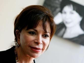 Isabel leu vários escritores escandinavos enquanto escrevia El juego de Ripper, - Foto: Tiziana Fabi | AFP Photo