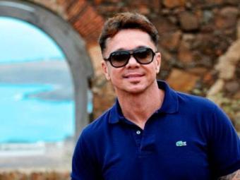 Cantor se recupera de doença que o deixou internado por quase cinco meses - Foto: Divulgação