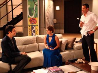 Félix tenta convencer Paloma e Bruno a desmascarar Aline - Foto: Reprodução | TV Globo