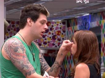 Cássio pede desculpas para Amanda - Foto: Reprodução | TV Globo