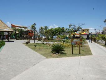 Residência fica localizada na praça das Amendoeiras - Foto: Edilson Lima/ Ag. A TARDE