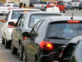 Automóveis apresentam redução média de 4,6% no imposto - Foto: Joá Souza/ Ag. A TARDE