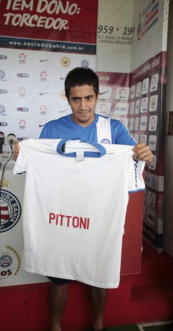 Pittoni vestirá a camisa do Bahia por duas temporadas - Foto: Edilson Lima   Ag. A TARDE