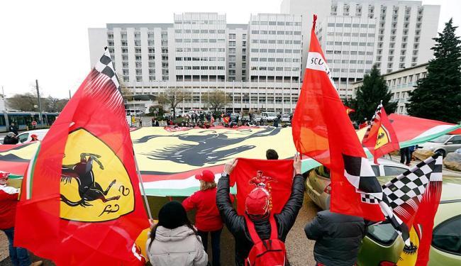 Fãs prestam homenagem a Schumacher no dia do seu aniversário - Foto: Agência Reuters