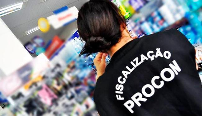 Fiscais vistoriaram oito farmácias nesta sexta - Foto: Divulgação | Procon