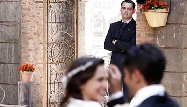 Franz e Amélia renovam votos de casamento e Manfred fica irritado - Foto: TV Globo   Divulgação
