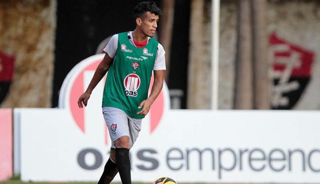 Pouco aproveitado em 2013, Vander é um dos jogadores que devem ser emprestados pelo Leão - Foto: Eduardo Martins   Ag. A Tarde