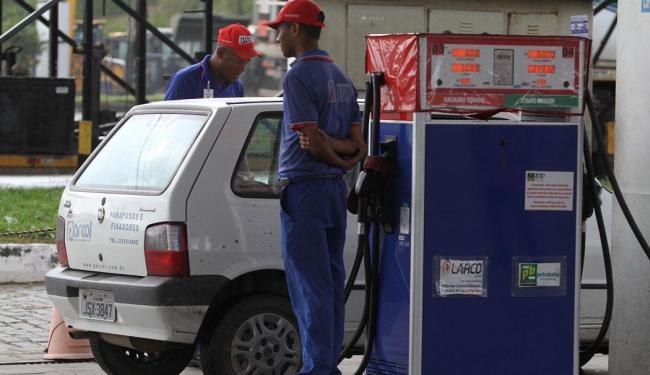 Distribuidoras alegam falta de etano anidro por atraso na entrega - Foto: Diego Mascarenhas | Ag. A Tarde