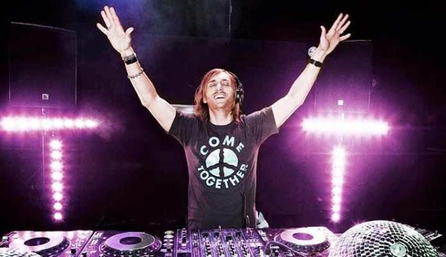 David Guetta vai começar turnê brasileira por Salvador e sobe ao palco às 2h - Foto: Divulgação