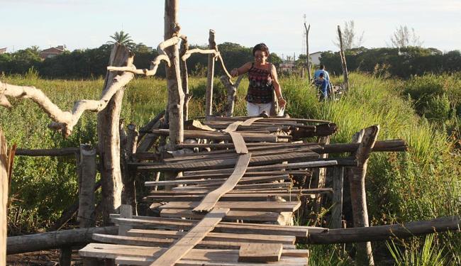Com 800 metros de comprimento, a ponte foi feita à mão em 2008 - Foto: Lúcio Távora | Ag. A TARDE
