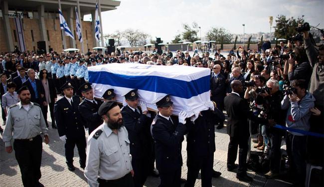 Cerimônia marca funeral de Sharon - Foto: Agência Reuters