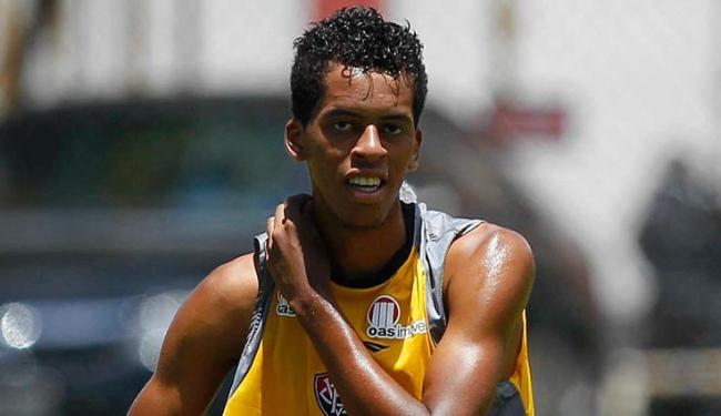 O zagueiro Josué é um dos jogadores da base que agora serão integrados ao elenco principal - Foto: Eduardo Martins / Ag. A Tarde