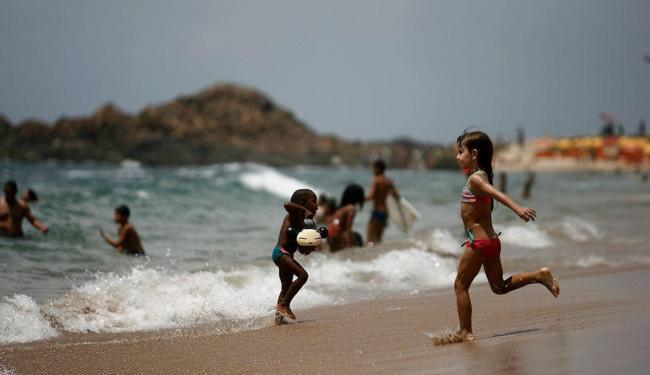 71% dos brasileiros disseram estar satisfeitos com a própria vida - Foto: Raul Spinassé   Ag. A TARDE