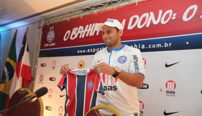 Grande contratação do Bahia para a temporada, Maxi foi regularizado nesta quarta - Foto: Edilson Lima   Ag. A TARDE