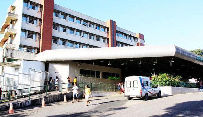 Raimundo está internado no Hospital Geral do Estado (HGE) - Foto: Joá Souza/ Agência A TARDE